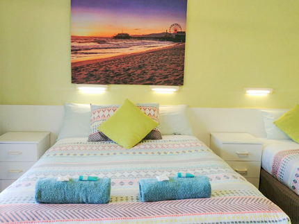 Twin Room Garden View Accommodation at Ocean View Motel - Mollymook NSW